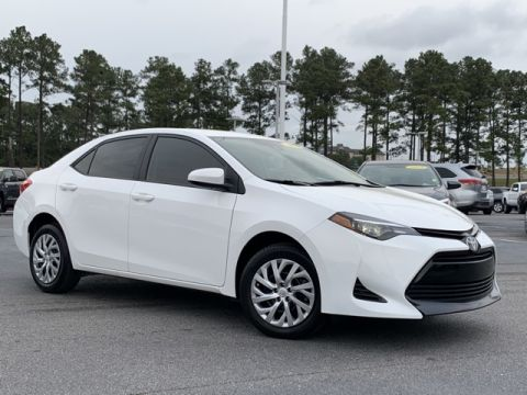 Pre-Owned 2019 Toyota Corolla LE FWD 4D Sedan
