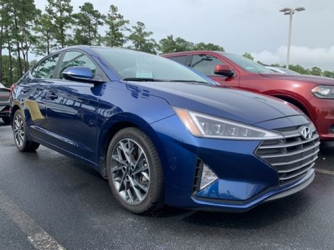 Pre-Owned 2019 Hyundai Elantra Limited FWD 4D Sedan
