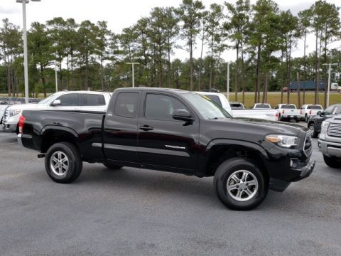 Pre-Owned 2016 Toyota Tacoma SR5 RWD 4D Access Cab